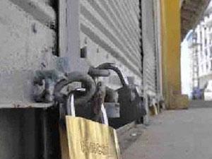 2 ölümlü günün ardından kepenkler açılmadı