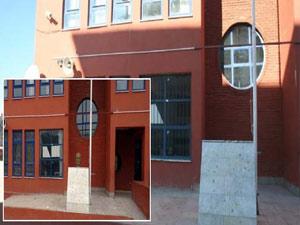 Ağrı'da okuldan Atatürk büstü çaldılar
