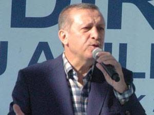 Erdoğan: 'Hükümete hiç kimse diz çöktüremez'