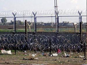 Sınırdaki duvar inşaatı tamamlandı