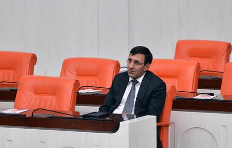 Meclis'te neden yalnız kaldı