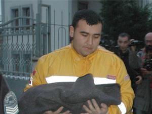 Giresun'da 1 günlük bebek sokağa bırakıldı