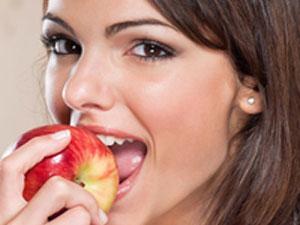 Günde bir elma kalp krizini önlüyor