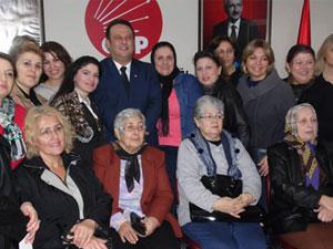CHP'li Özcan'dan kadınlara çağrı