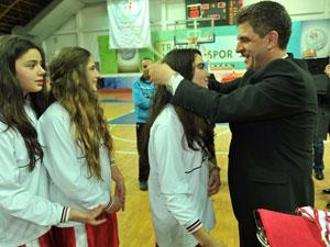 Trabzon'da Bayanlar Basketbol turnuvası sona erdi