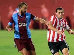 Trabzonspor'da 3 isim kulüp arıyor!