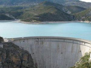 Barajlar alarm vermeye başladı