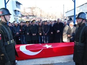 Kaza kurbanı Trabzonlu askere son görev!