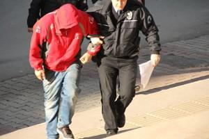 Çay ocağında hırsızlık:2 kişi tutuklandı