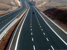 Sürücüler dikkat!Giresun-Trabzon karayolu..