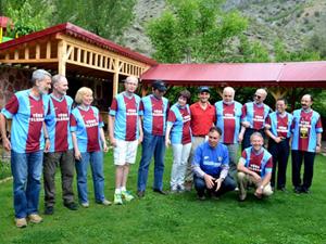 Çalıştay için Trabzon'a geldiler formaları görünce...