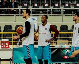 Trabzonspor mahsur kaldı