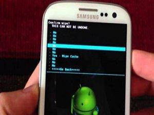 Akıllı telefonlarda fabrika ayarı şoku!