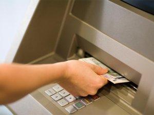 Yunan Bankaları bugün açılıyor