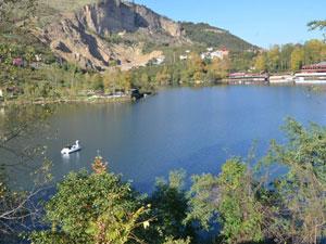 Sera Gölü'ne inceleme