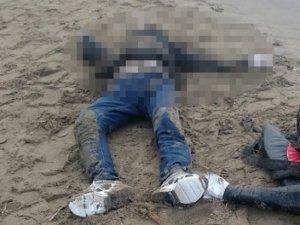 İzmir'de 2 ceset karaya vurdu