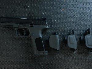 Trabzon'da ruhsatsız silah yakalandı