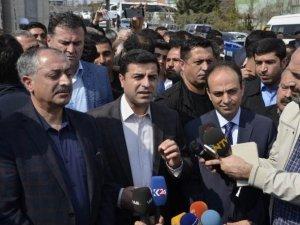 HDP'liler istifa edecek mi ?