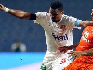 Antalyaspor Başakşehir'e yenildi