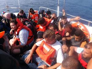 90 kaçak göçmen daha iade edildi