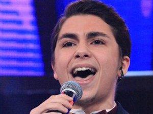 O Ses Türkiye'de Aziz Kiraz,  Namık ve Damla Caruso şarkısıyla yarıştı