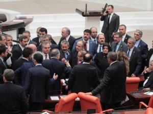 HDP'li vekilden Meclis'i karıştıran iddia !