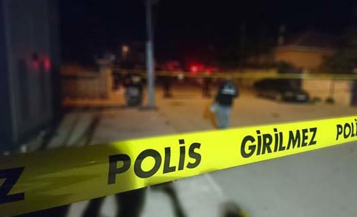 Kadını rehin aldı, polisi şehit etti!