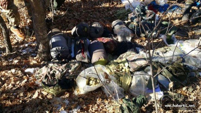 Teröristlerin bomba tuzaklı sığınakları imha edildi