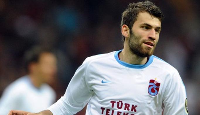 Mustafa Yumlu Kupada atıyor!