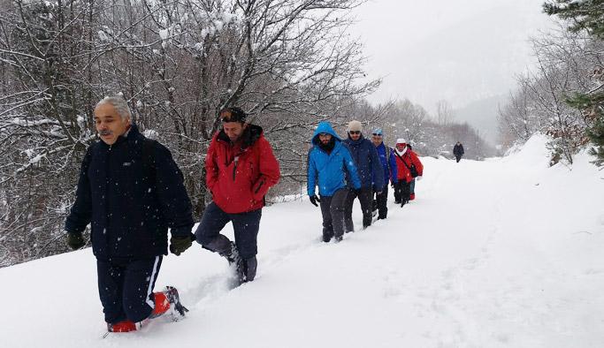 Gümüşhane'de dağcılar şehitler için yürüdü