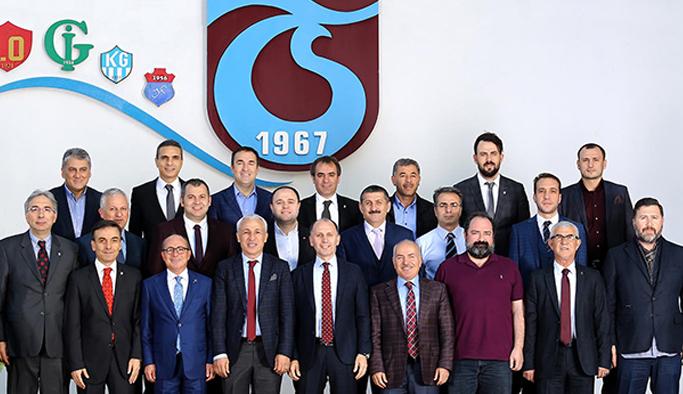 Trabzonspor'da Ersun Yanal tartışıldı transfer kararı çıktı!