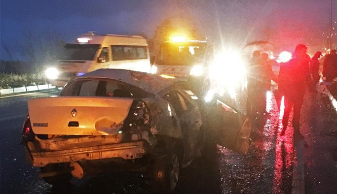 Otomobil direğe çarptı: 1 Ölü!