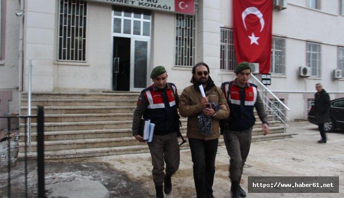 TRT Spikeri Yunanistan'a kaçarken yakalandı