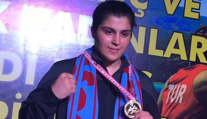 Trabzonlu Busenaz Sürmeneli Türkiye Şampiyonu!