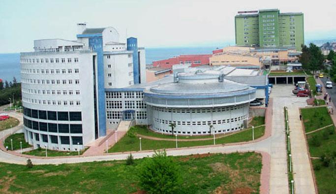 Trabzon'da Tıp Fakültesi'nde hemşire ve doktorları bıktıran adam…