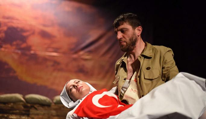 Kanlı Gömlek Trabzon'da sahnelendi