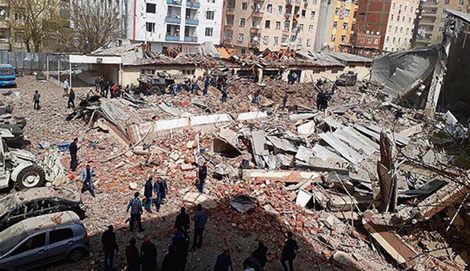 Diyarbakır saldırısının failleri Suriye'ye kaçarken yakalandı