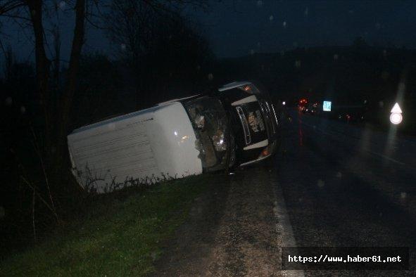 Samsun'da minibüs ile otomobil çarpıştı: 9 yaralı