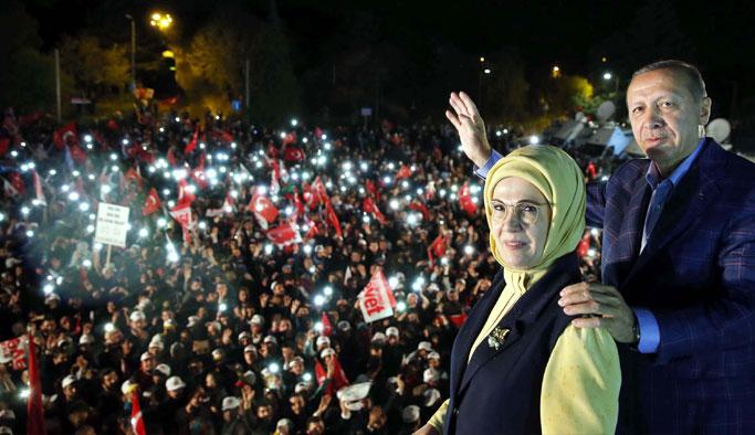 Cumhurbaşkanı Erdoğan'dan Balkon Konuşması