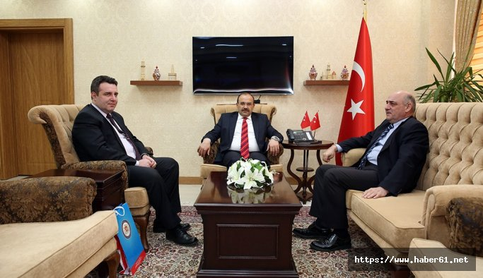 Başkonsolos Mikatsadze'den, Vali Ustaoğlu'na ziyaret