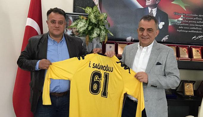 Arsinspor'dan Başkan Sağıroğlu'na ziyaret