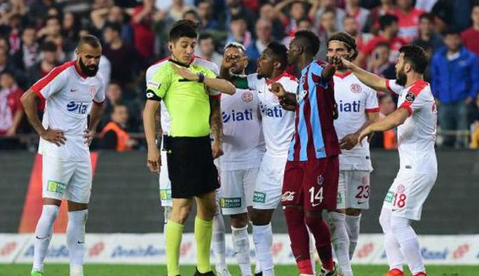 Antalya'dan maçın hakemine tepki!