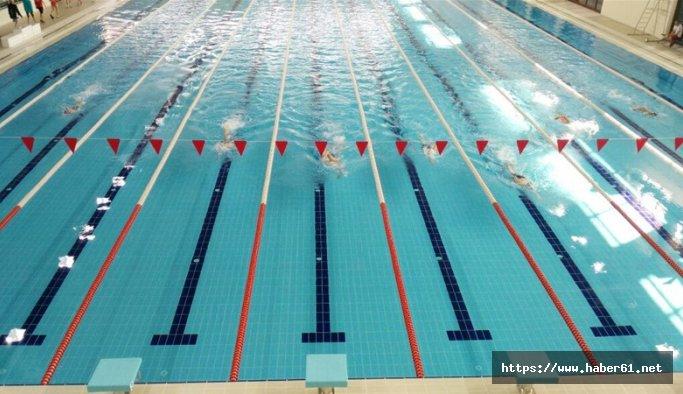 Genç yüzücüler Rize'de yarıştı