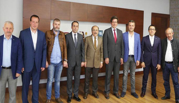 Başkan Gümrükçüoğlu turizmcileri kabul etti