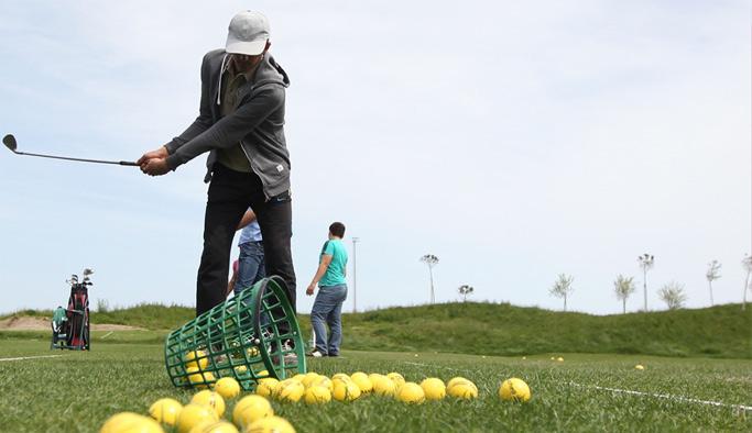 İşitme engelliler golfle tanıştı