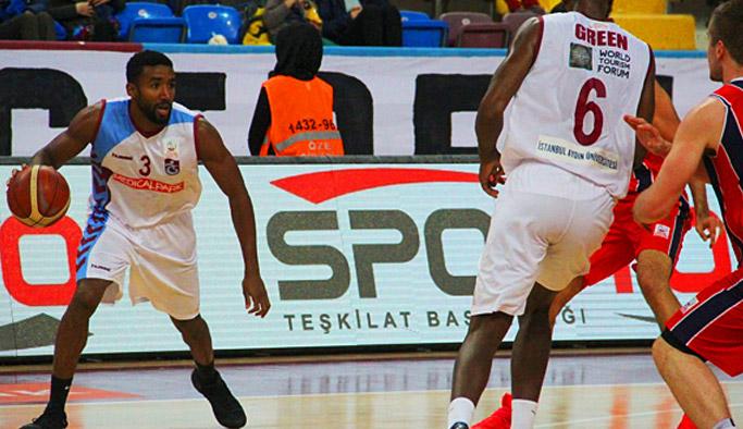 Trabzonspor Uşak'ta yendi