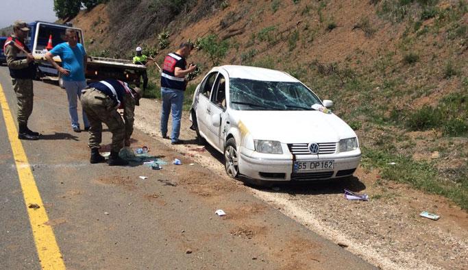 Trafik kazası: 1 çocuk öldü, 4 kişi yaralandı