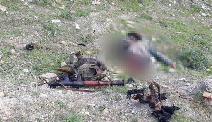 Terörist Patlayıcı döşemek isterken öldü: TSK duyurdu...