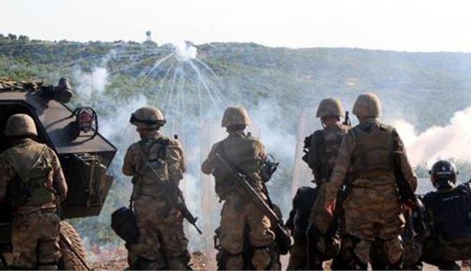 PKK'lıların tuzakladığı bomba patladı: 2 asker yaralı