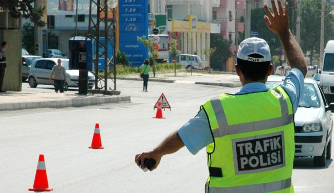 Trabzon trafiğine hafta sonu neşteri